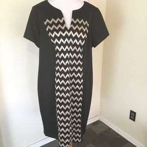 NWT Connected Apparel Chevron Split V Dress LBD